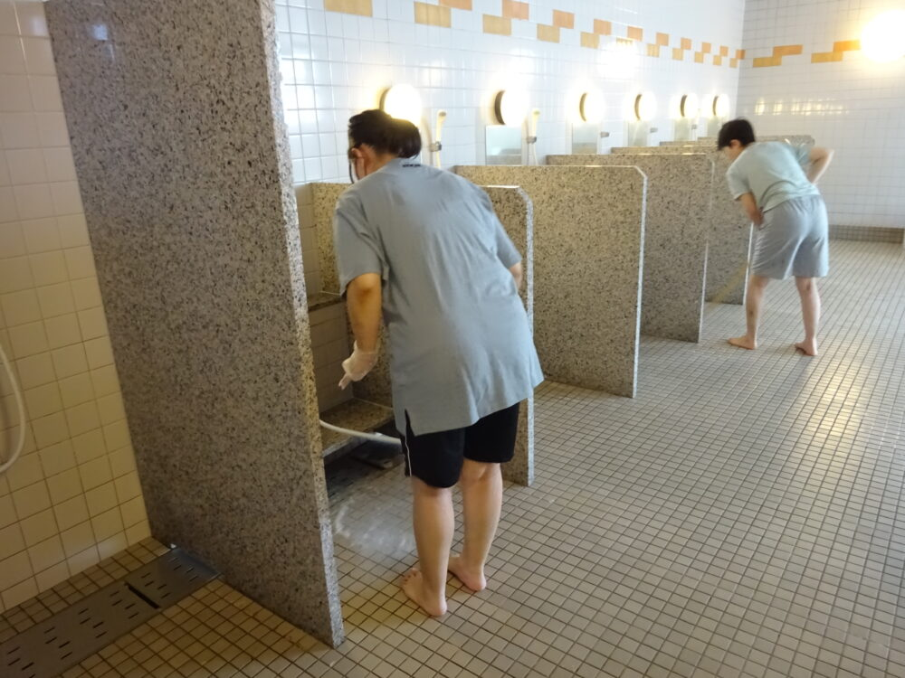 Wellさん 浴槽清掃